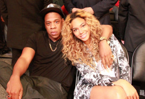$6000 at the Adult Toy Store Jay and Bey are having fun Drunk In Love!!!